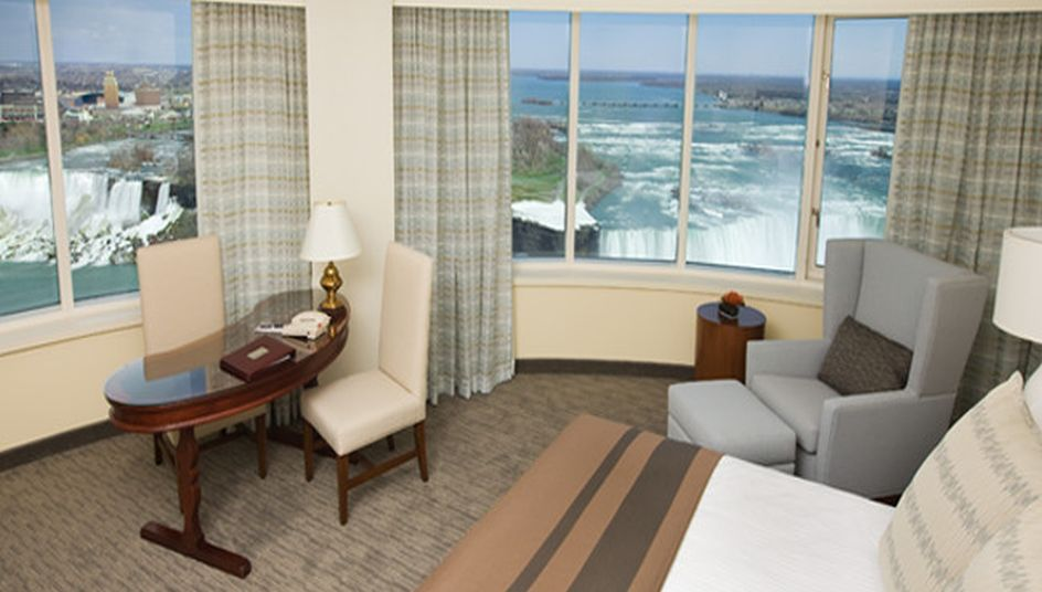 Room at the Fallswiev hotel with the look on the Niagara Falls