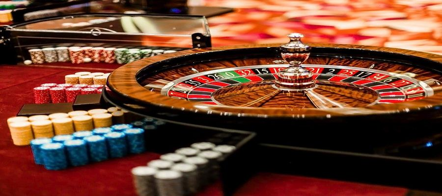 How to Play Roulette | Rules | Types | Odds and Game Structure!